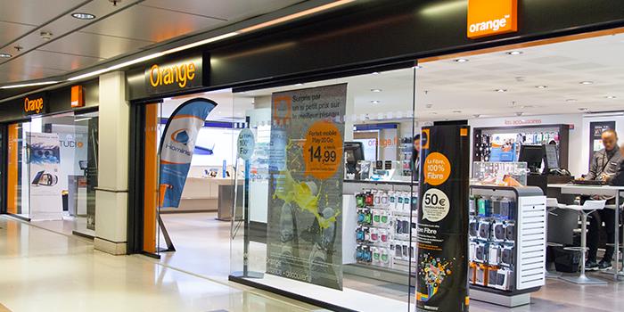 Orange France Telecom centre commercial Bercy 2